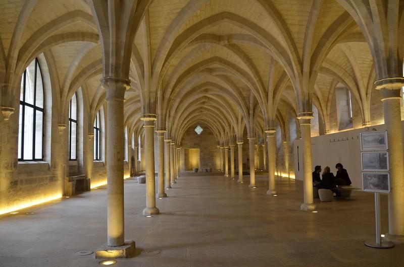 195 Зал бернардинского коллежа  в Париже 1248-1253