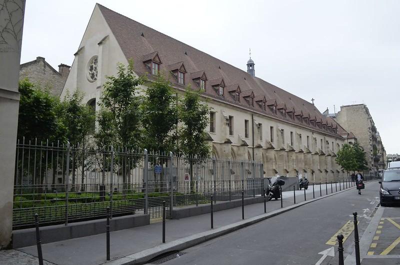 194 Здание бернардинского коллежа в Париже 1248-1253 гг