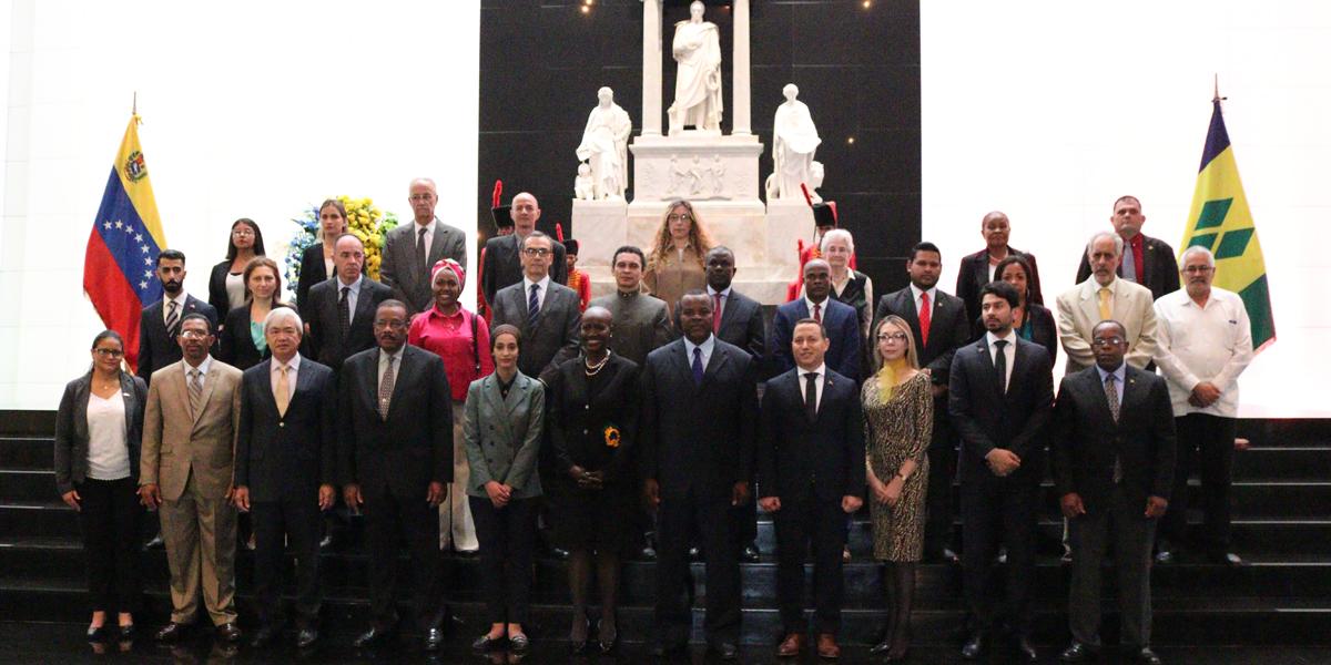 Embajada de San Vicente y las Granadinas en Venezuela conmemora 40 aniversario de su independencia