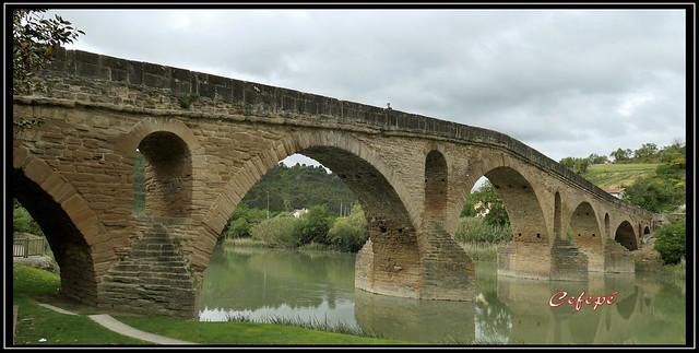 Camino de Santiago. Puente la Reina.