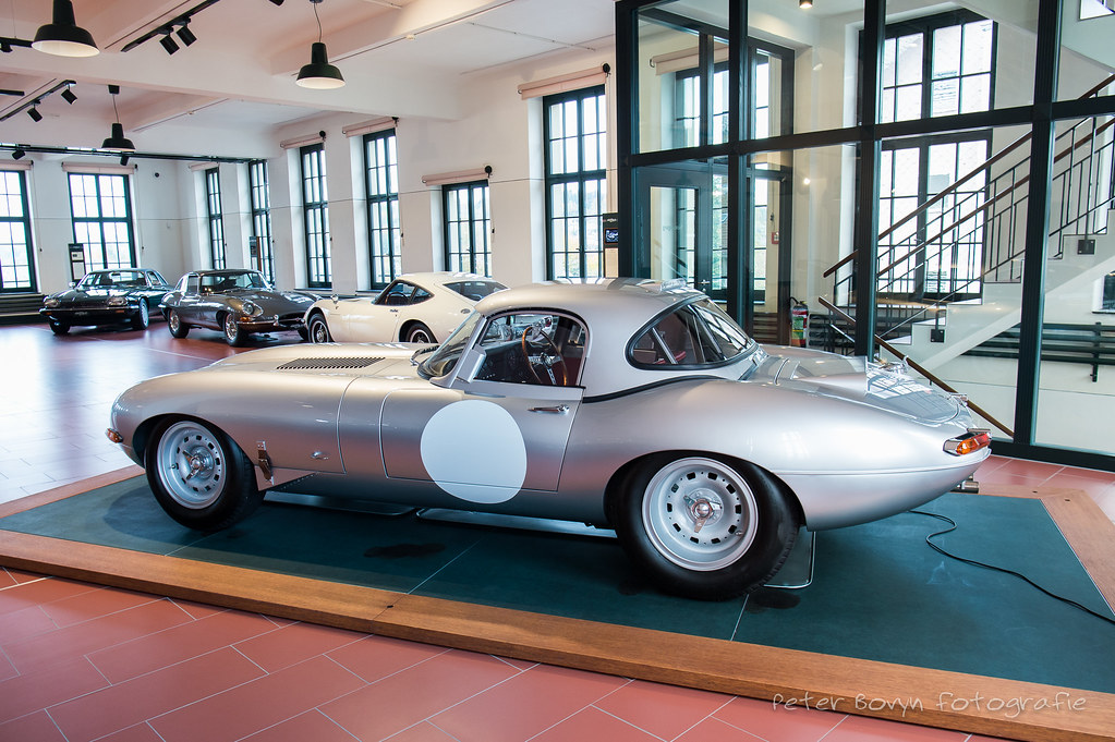 Jaguar E-Type Lightweight Reborn - 1963 / 2015