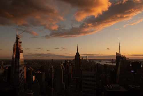 empirestatebuilding newyork sunset sunrise red sky city architecture usa cloud canon canon5d eos