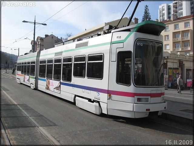 Alsthom TFS (Tramway Français Standard) – TPAS (Transports Publics de l'Agglomération Stéphanoise) (Veolia Transport) / STAS (Société de Transports de l'Agglomération Stéphanoise) n°910