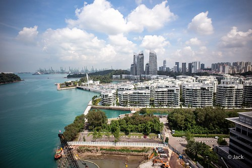 en passant par Singapour