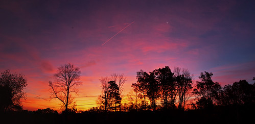 smack53 sunrise sunshine earlymorning morning morningsky sky paintedsky silhouettes trees kinnelon newjersey redsky autumn autumnseason fall fallseason nikon d100 nikond100 panorama