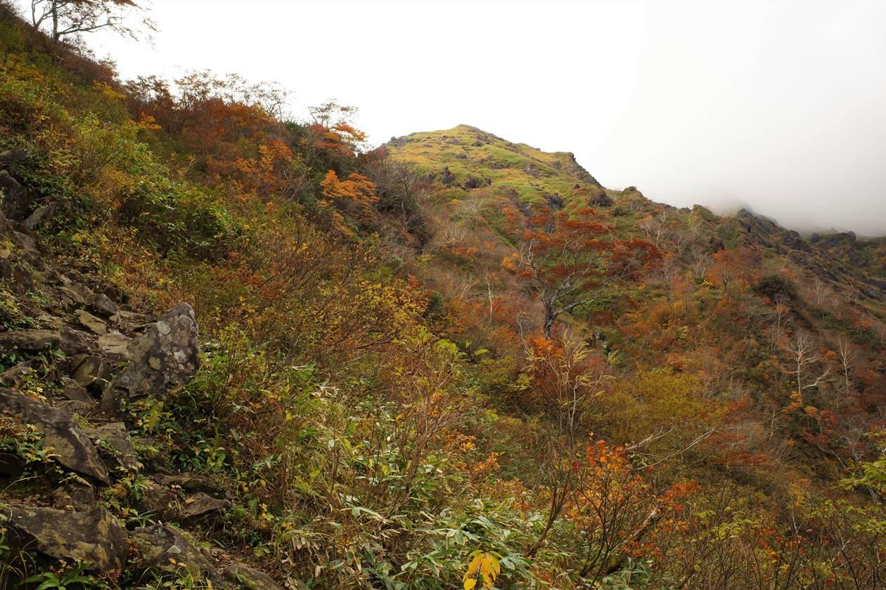 秋の谷川岳 日帰り紅葉登山