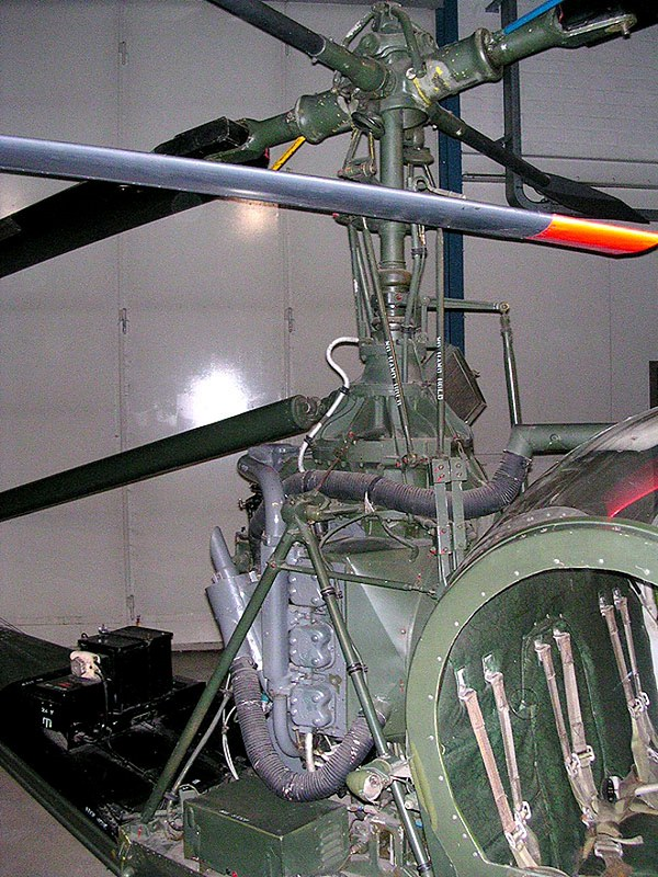 Hiller UH-12 Raven 4