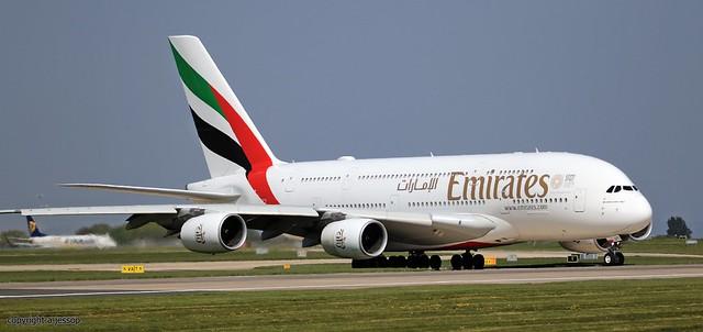 Emirates airbus A380 A6-EUT  J78A2212