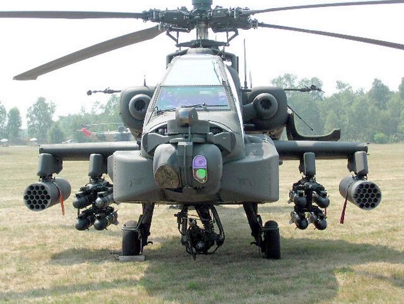 AH-64 Apache 1
