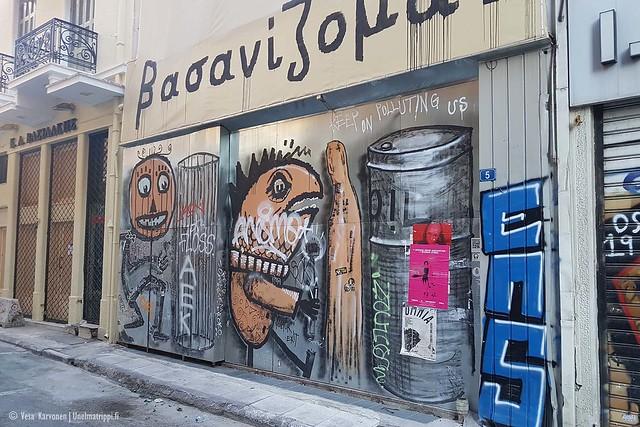Graffiteja ja töhryjä Ateenan kaduilla