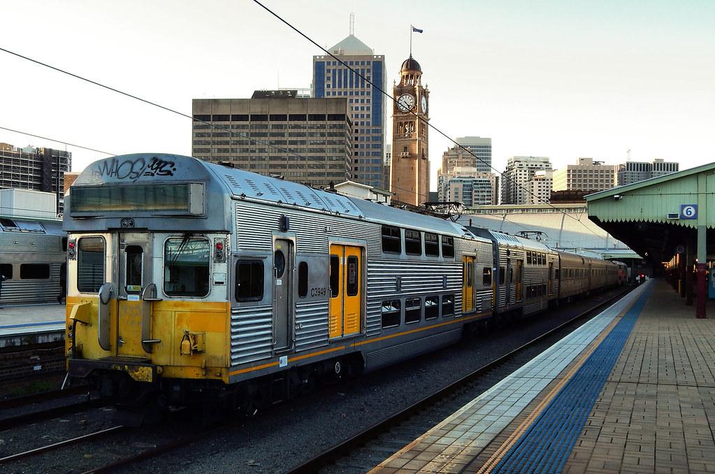 AK test train, Sydney Station, Sydney, NSW by dunedoo