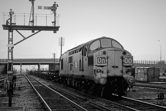 37094_1977_04_Stainforth_A3_600dpi