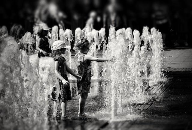 Happy childhood ⬛⬜