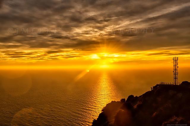 Coucher de soleil depuis la Corniche Varoise - Côte d'Azur France - 1L8A8200