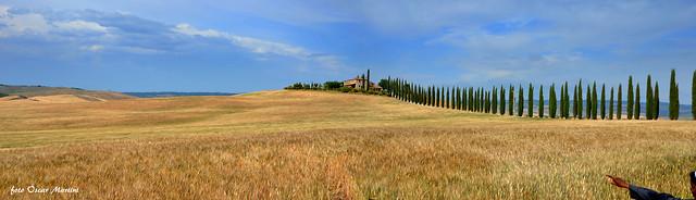La Val d'Orcia  Poggio Covili Siena. - Fermati un attimo e volgi lo sguardo verso l'infinito e scoprirai le bellezze del creato.
