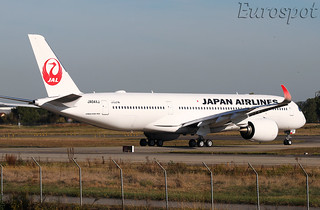 JA04XJ Airbus A350 Japan Airlines