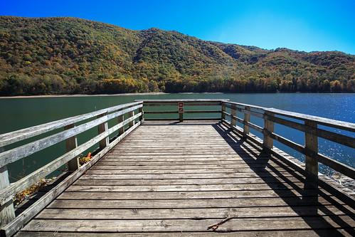 warmsprings virginia unitedstates lake lakemoomaw covington canoneosm100 canonefm1122 water dock pier mountain landscape