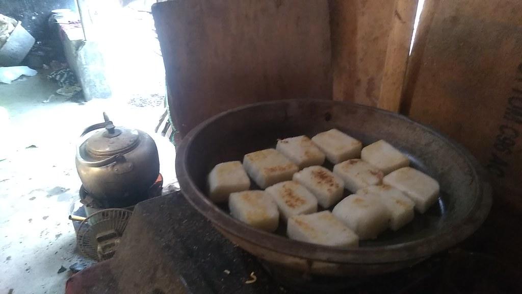Jadah bakar Palar  Pak Amin Padangan, Palar, Trucuk, Klaten