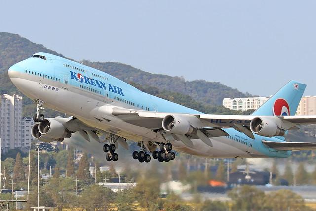 HL7461  -  Boeing 747-4B5  -  Korean Air  -  GMP/RKSS 6/10/19