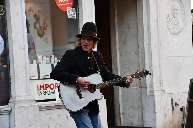 Street Musician 26.10 (1)