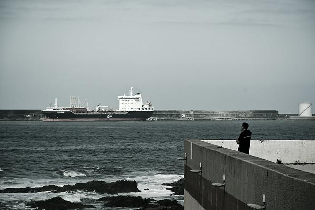 The man and the port (Leixões).