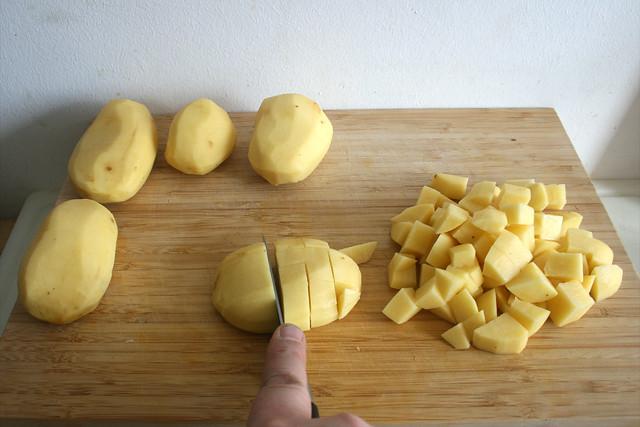 41 -  Kartoffeln würfeln / Dice potatoes