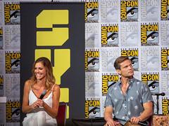Tricia Helfer & Casper Van Dien Comic Con 17