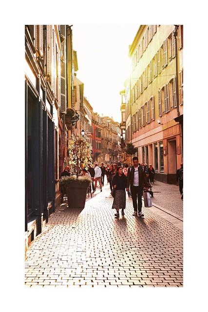 Rue des Hallebardes