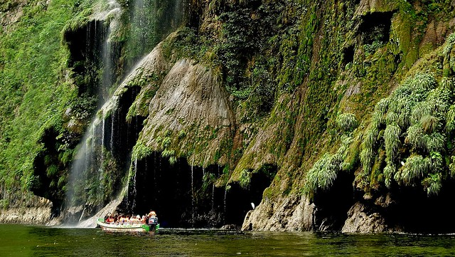 MEXICO, Yukatan , Chiapas ,  Sumidero Canyon, Steile Felsen und Wasserfälle, 19348/12030