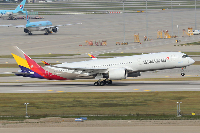 HL8078  -  Airbus A350-941  -  Asiana Airlines  -  ICN/RKSI 6/10/19