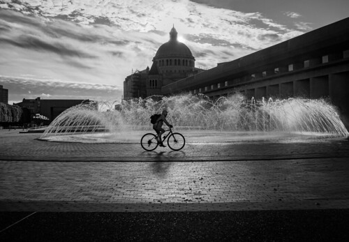 christiansciencecenter boston ma sunlight blackandwhite bw bnw monochrome monochromatic silhouette bike bicycle shadows noir streetphotography urban handheld fountian sunset urbanandstreet contrat christiansciencecentercolonade brutalistarchitecture brutalism motherchurch