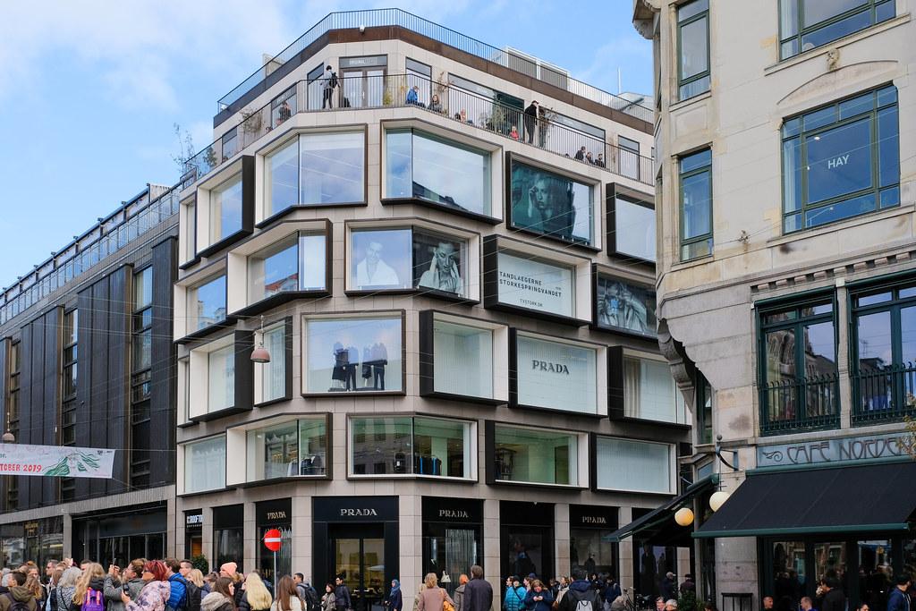 Shopping Building in Copenhagen Center