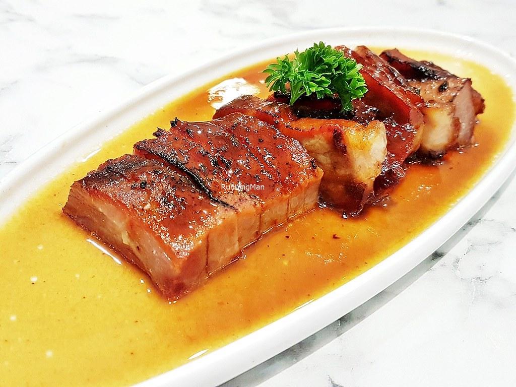 Barbecue Kurobuta Pork In Home Made Sauce