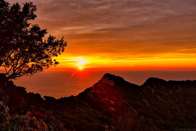 Coucher de soleil depuis la Corniche Varoise - Côte d'Azur France - 1L8A8209