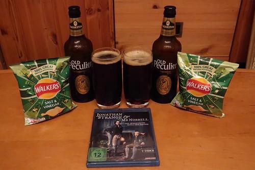 """Theakston's Old Peculier Ale und Walkers Salt & Vinegar Crisps zur ersten Folge der Mini-Serie """"Jonathan Strange & Mr Norrell"""""""