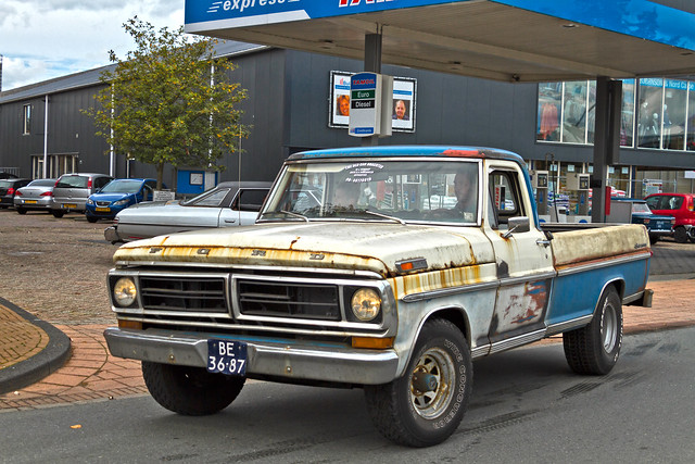 Ford F-100 Pick-Up Truck 1972 (9972)