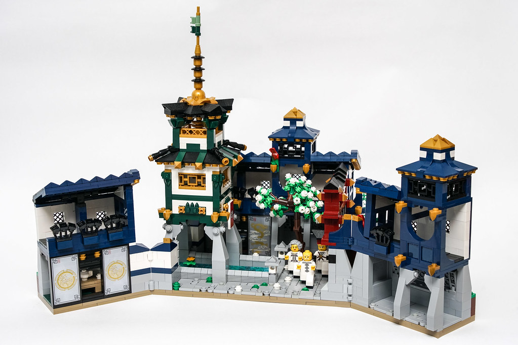Ninjago Castle - Interior