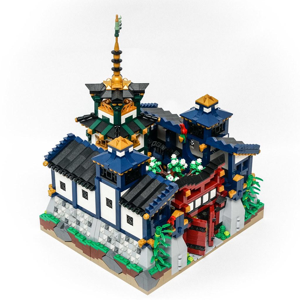 Ninjago Castle