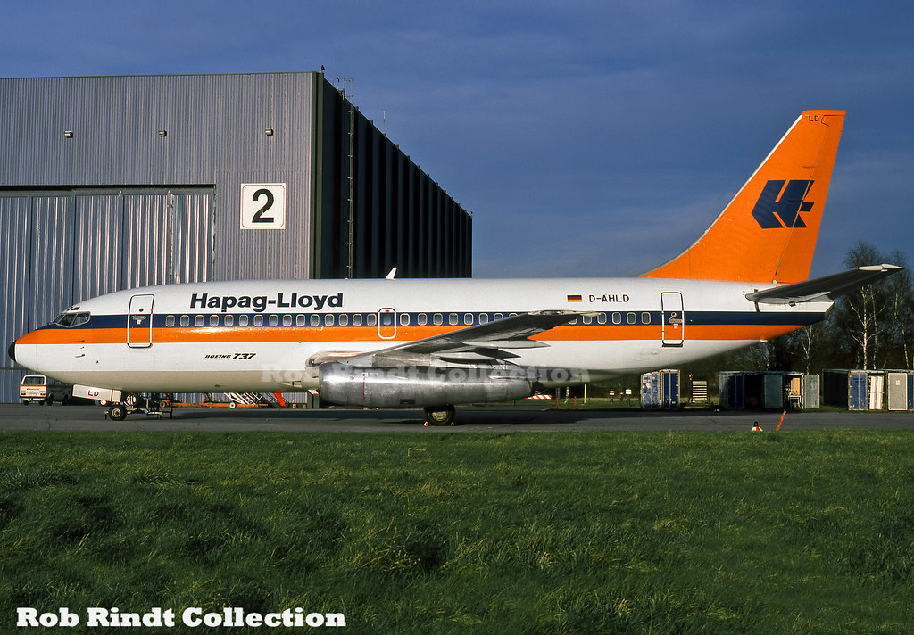 Hapag Lloyd B737-2K5/Advanced D-AHLD