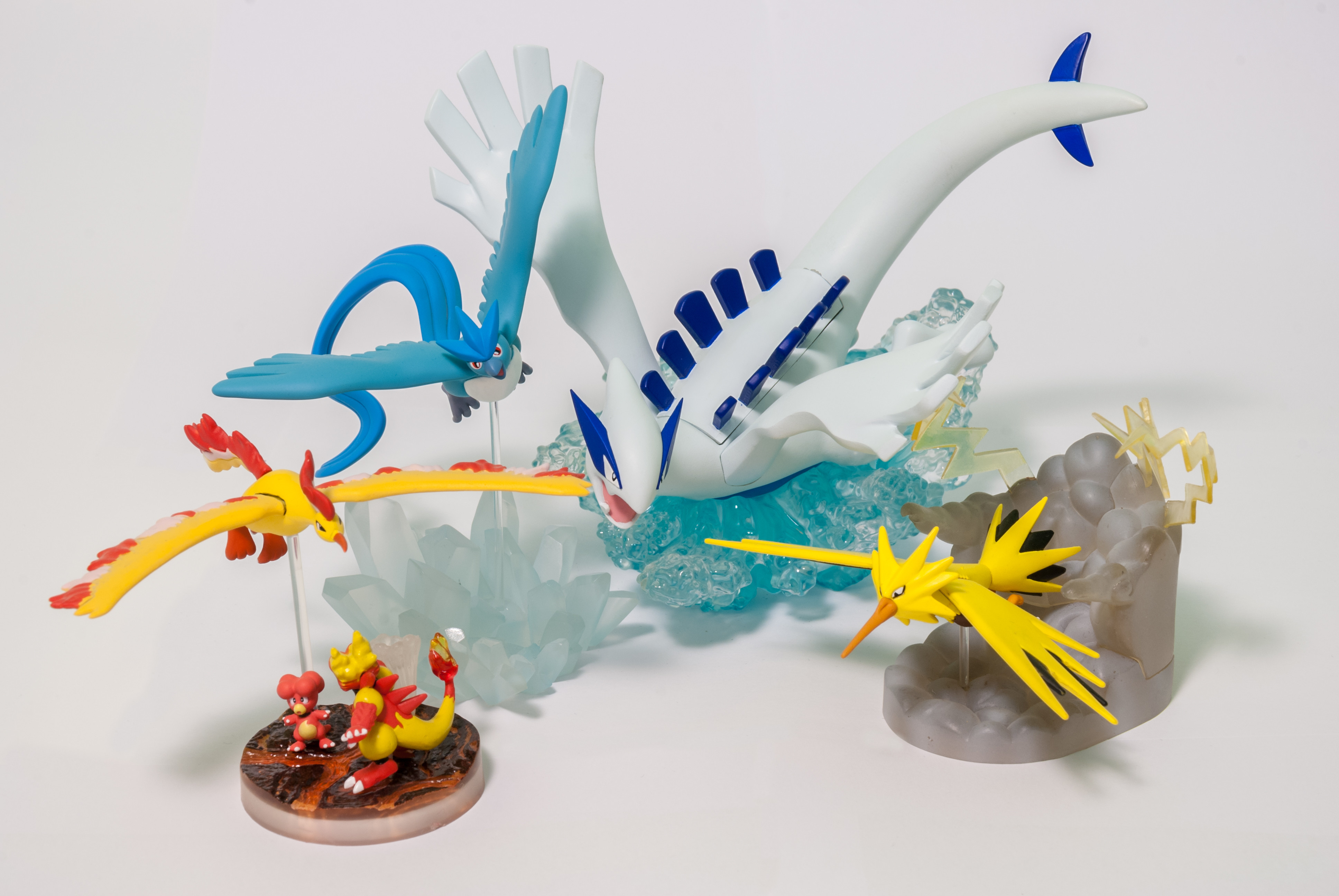 GSC 05 Magby/Magmar, Zapdos and DP 15 Moltres and DS Studio 09 Aritcuno and DS Studio 16 Lugia