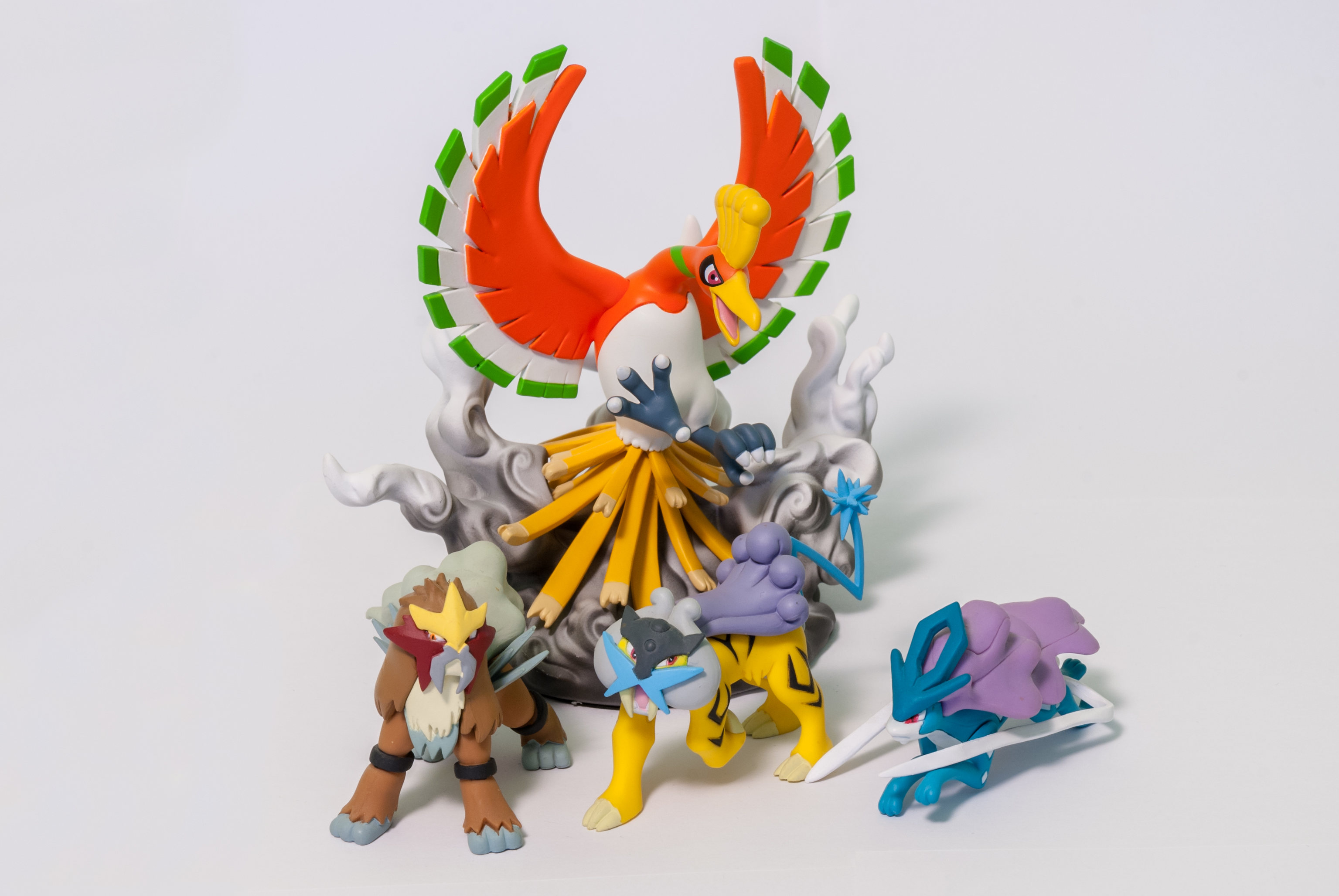 DP 14 Entei, Raikou, Suicune and DS Studio 17 Ho-oh