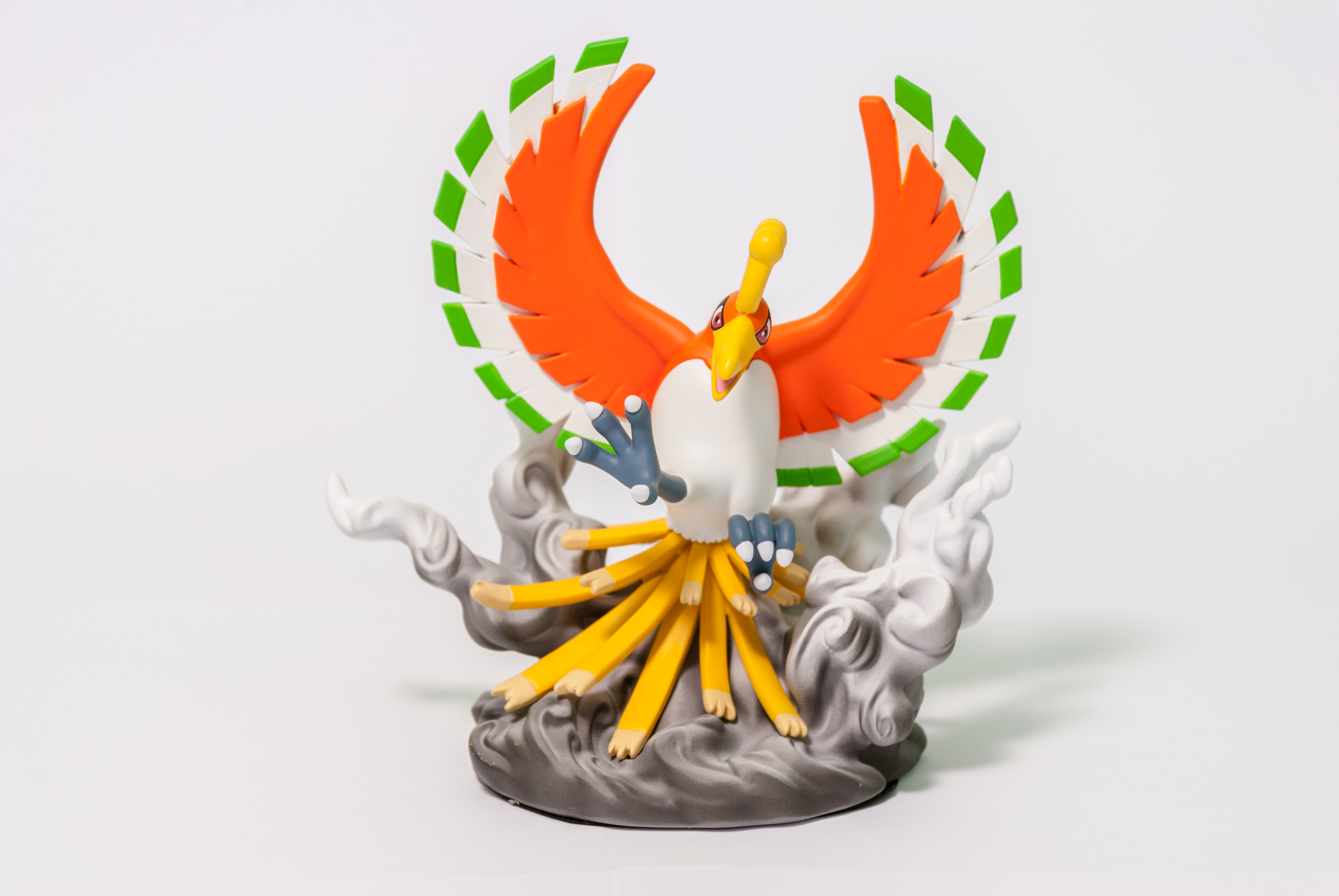 DS Studio 17: Ho-oh