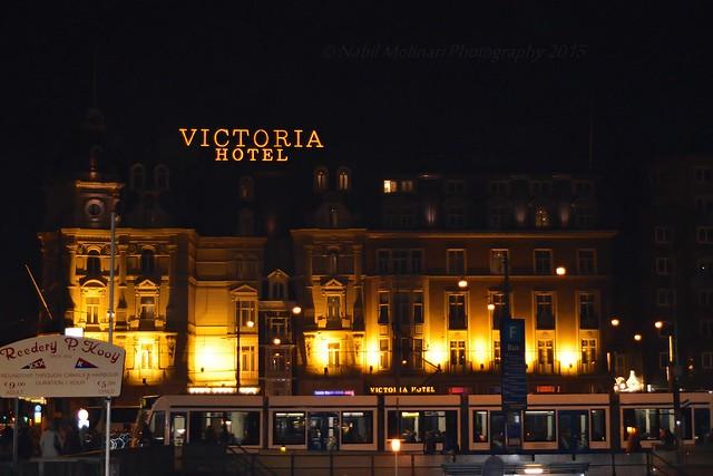 Night shots : Park Plaza Victoria Amsterdam