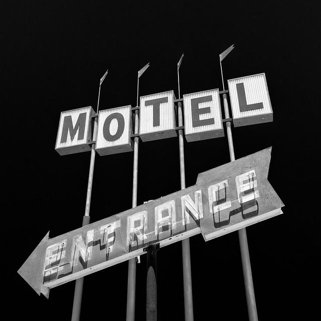motel entrance. famoso, ca. 2014.