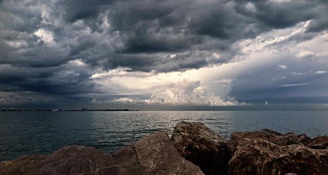 jlvill  239  Nubes amenazantes