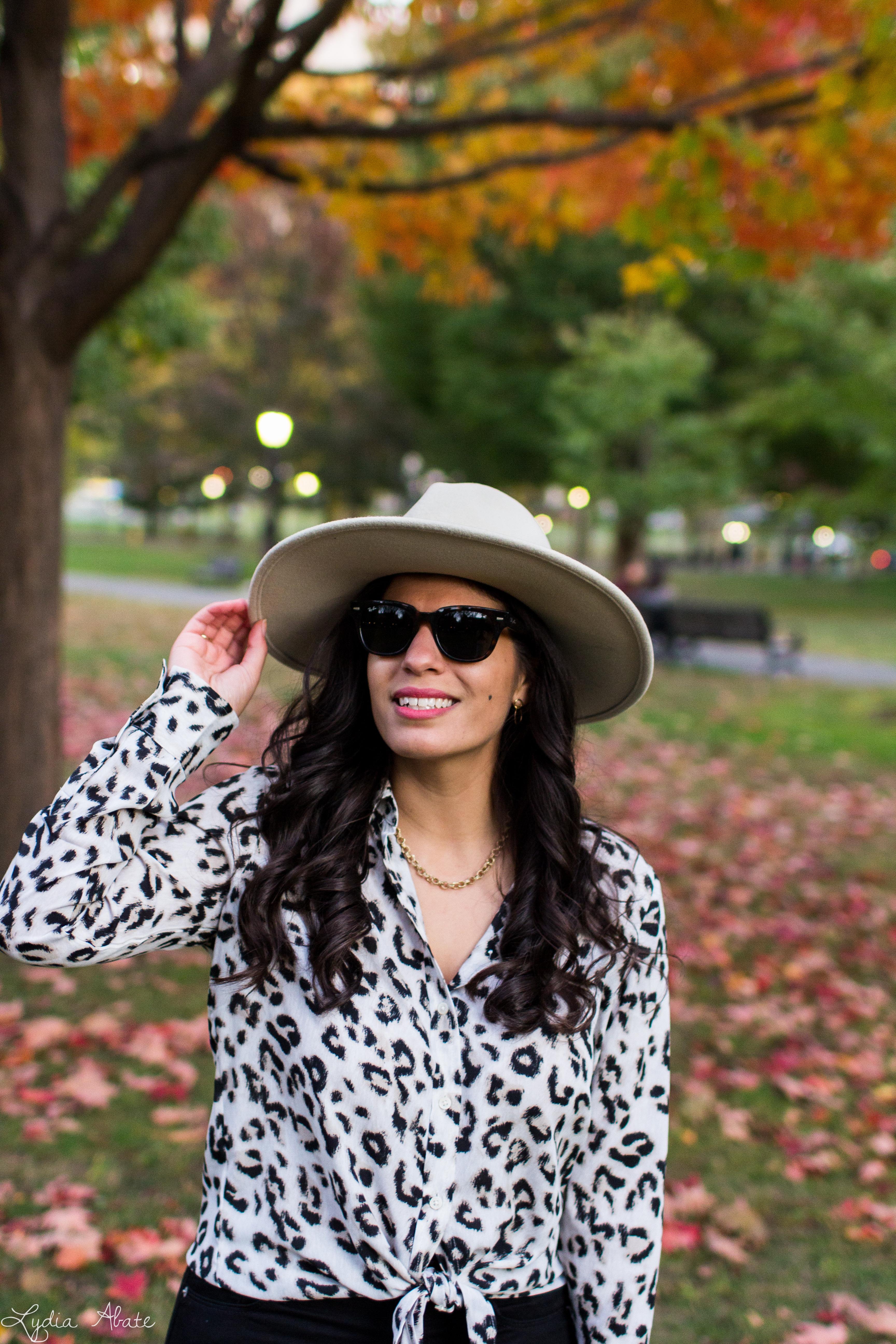 leopard blouse, black jeans, wide brim felt fedora, danse lente bag-10.jpg