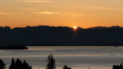 sunset georgiastrait landscape powellriver bc britishcolumbia