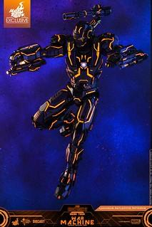 超炫砲的霓虹科技三度強襲! Hot Toys - MMS553D35 -《鋼鐵人2》霓虹科技戰爭機器 Neon Tech War Machine 1/6 比例人偶作品