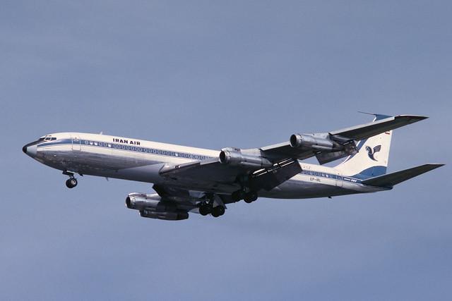 EP-IRL Boeing B707-386C EGLL 1980