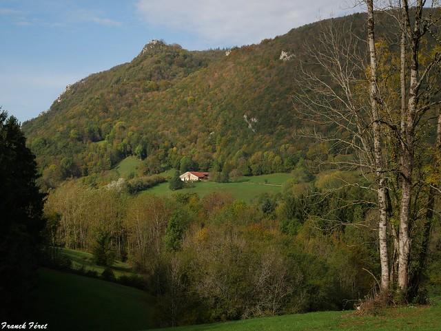 Vue sur la Croix du Poupet - Saizenay - Jura